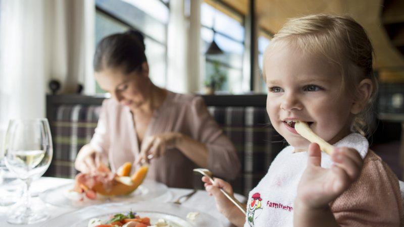In Alto Adige 25 occasioni di scoprire la cucina dei Familienhotels Südtirol