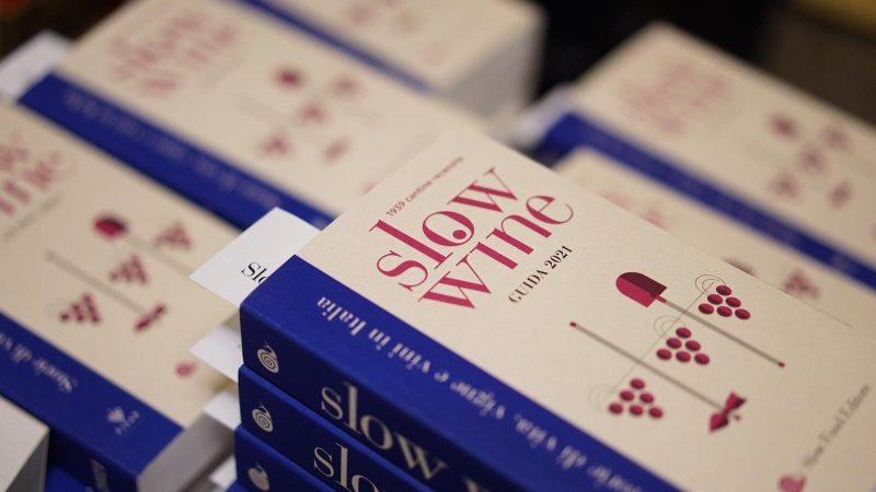 Slow Wine 2021: al via la rivoluzione digitale della guida di Slow Food